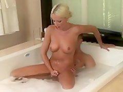 mature massage pussy