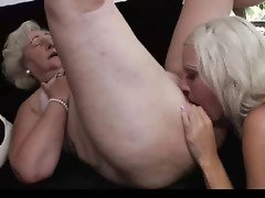 horny lesbian granny seduces mature and gets muff diving