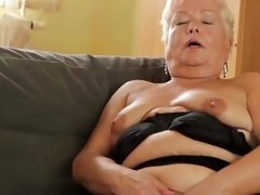 horny mature housewives