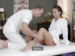 massage rooms mature