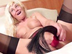 mature orgasm anal